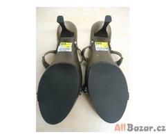 Dřevěné sandále Graceland