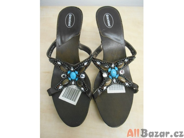 Dámské sandály s modrými kameny
