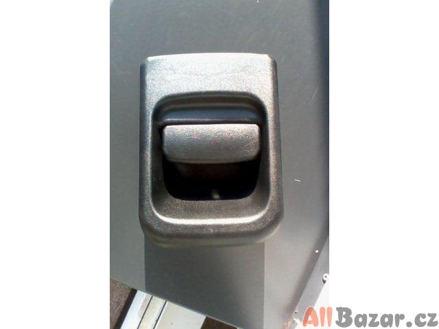 Klika zadních dveří Renault Master /Opel Movano 98-06 / Nisan Interstar
