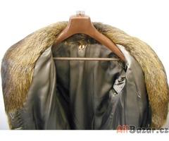 Dámský kabát z nutrie