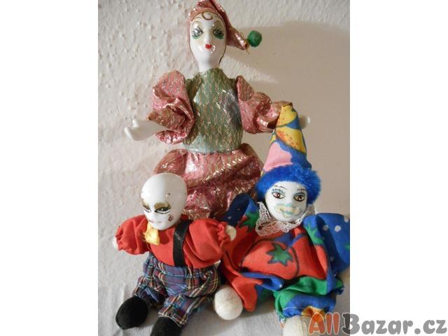 Staré porcelánové panenky – trio klaunů