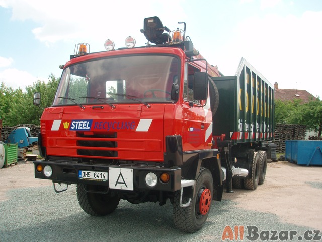 TATRA 815 s hydraulickou rukou