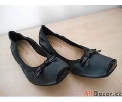 Černé dámské boty JB Martin VEL 37