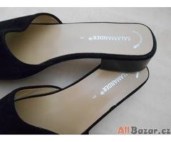 Černé dámské boty pantofle  SALAMANDER VEL 5