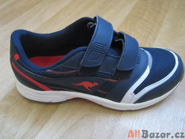 498f933d227 Prodám dětské boty - botasky