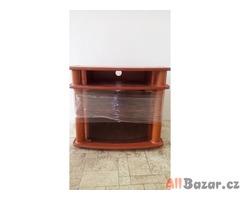 Masivni stolek