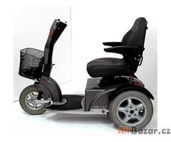 Repasovaný invalidní tříkolový skútr Logic