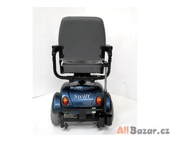 Repasovaný invalidní tříkolový skútr Sterling Swift