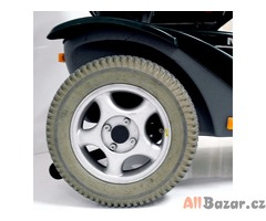 Repasovaný invalidní tříkolový skútr Malibu