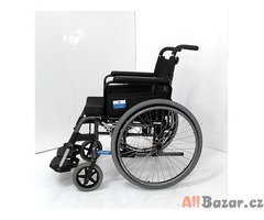 Repasovaný mechanický invalidní vozík