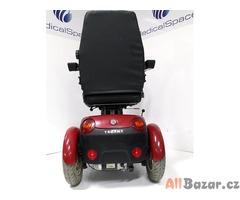 Repasovaný invalidní tříkolový skútr Trophy 6