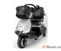 Repasovaný invalidní tříkolový skútr Pride Zolar