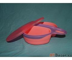 Pro mimina velmi levně (od 20 Kč) různé lahvičky, talířky, ohřívač tekutin, atd.