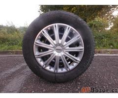 Prodám obuté disky zimními pneu na Renault Scenic
