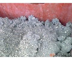 Slitiny kovu a jiné materiály vykoupíme