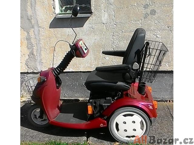 Invalidní tříkolka-skítr Trophy Booster 5