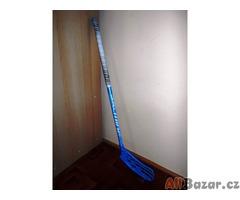 Florbalová hokejka SALMING AERO 35 FLEX 35-levá