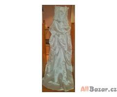 Svatební šaty Contract Love s perličkovým korzetem a vlečkou