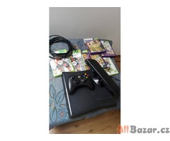 Xbox 360 500GB + 7 her + Kinect + Kabely