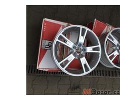 Alu 17 7,5J ET38 5x100 + pneu 215/45/17
