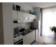 Pronájem bytu 3+kk, 85 m2, balkon a sklep v Hradci Králové Malšovice