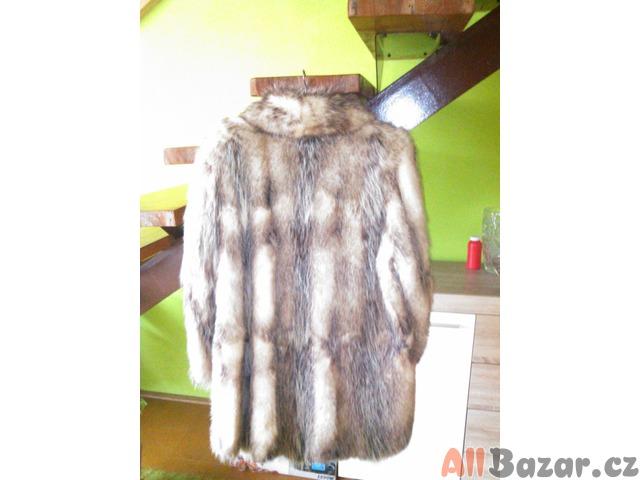 Prodám dámský kožich polární liška  f51281efcf