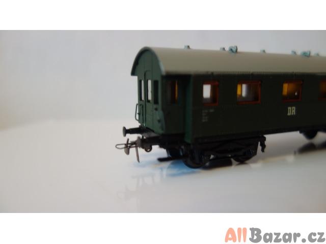 Prodám H0 model Schicht - čtyřosý historický vůz DR