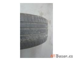 VW Touareg Letní pneu Michelin a disky