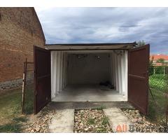 Betonova garaz