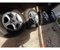Borbet sada CF70535 5x114.3 7jx15 et35 pneu Bridgestone Dueler  60% zet    zimni