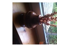 dřevěná váza se sušenou dekorací