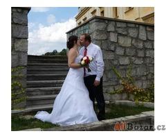 Svatební šaty vel 36-42 s 3kruhovou spodnici  :)