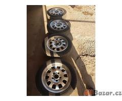 sada alu kola BMW s pneu zanovni Hankook 5x120 7jx16 is47 pneu 95% vzorek 205/55