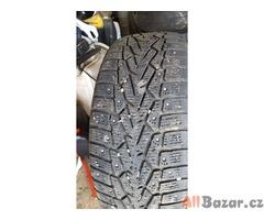 4x pneu nokian hakapelita 7 215/60 r16 99t xl 2x80% a 2x40% zet zimni za komplet