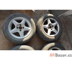 alu kola elektrony fiat 4x98 7jx14 et pneu barum 185/65 r14 pneu na vymenu za ce