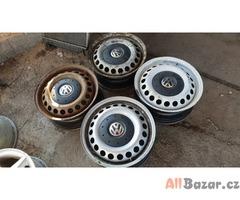 plechové disky s poklicema VW T5 2160926 5x120 6.5jx16 et51 cena:590kus