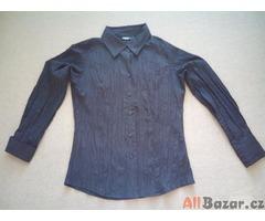 Černá košile s pokrčeným efektem