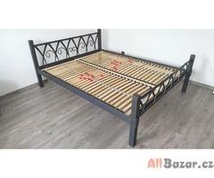 Ručně kovaná postel