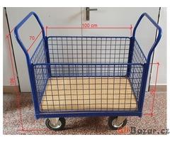 Plošinový vozík.