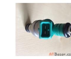 Prodám repasované benzínové vstřiky BMW Bosch 0280150415. Sada 6 ks.