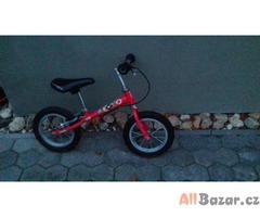 Dětské odstrkovadlo, dětská motorka
