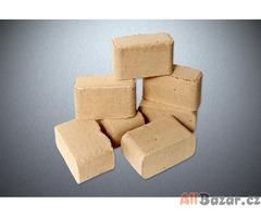 Dřevěné brikety 1000KG + DOPRAVA ZDARMA