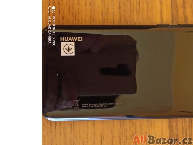 Krásný mobil Huawei y6 2019