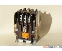 Malý stykač 220V/16A