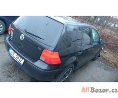 Bouraný VW Golf 1.9TDI, 74kW,serviska+zimní pneu!!!