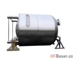 Nerezové zásobníky, ohřívače vody, vybavení z nerezu