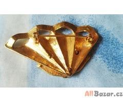 Brož - kov zlaté barvy