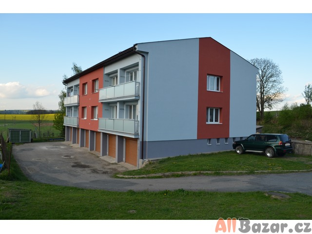 Prodám byt 3+1 s balkonem a garáží
