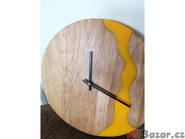 Originální nástěnné hodiny