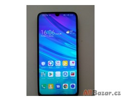 Mobilní telefon Huawei P Smart 2019